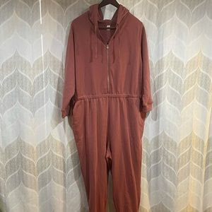 Old Navy plus size 2x one piece jumpsuit NWT